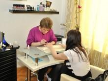curs stilist protezist unghii